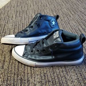 Converse☆Boys Size 3 Shoes